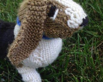 Knitted Basset Hound