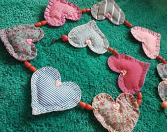 Bluesy Pink Heart Garland