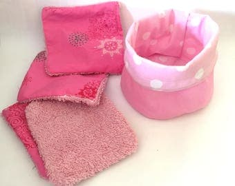Basket and 4 washable baby wipes