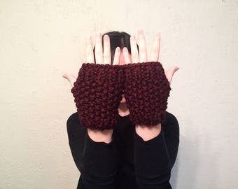 Fingerless Gloves // Knit Hand Warmers // Women's Seed Stitch Gloves