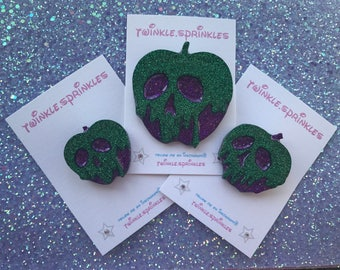 Snow White Disney inspired poison apple necklace / brooch