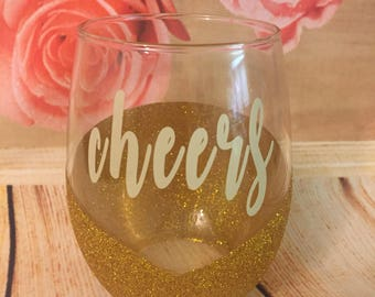 20oz Glitter Wine Glass, Glass Wine Glass, Stemless Wine Glass, Customized Gift, Glitter Barwear