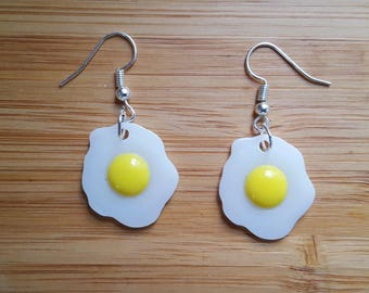 Egg earrings etsy quirky fried egg earrings quirky easter gift for her kawaii food earrings quirky negle Images