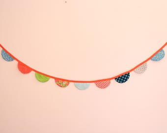 Garland as in the countryside, banner 9 half circles, party.