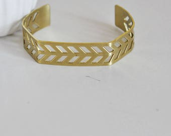Chevron brass cuff raw width 15mm