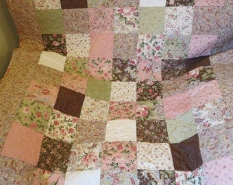Floral Lady's Lap quilt, paisley, country, blanket, Lady gift, female quilt, handmade, patchwork, Chocolate and Roses fabric