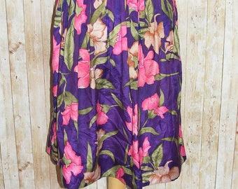 Size 12-14 vintage 80s high waist gathered midi skirt silky purple floral (HK39)
