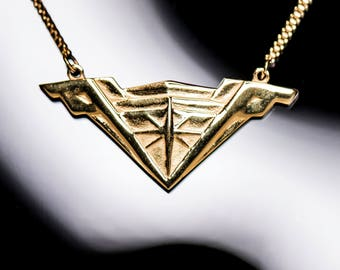 DC Comics Wonder Woman Movie Tiara Stainless Steel Necklace (Shiny Gold)