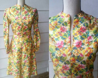1960s Yellow Floral Dress // Spring // Groovy