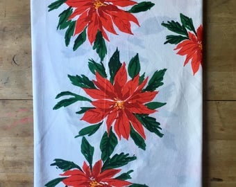 Vintage VERA Tablecloth Poinsettia Pattern Christmas Round/Oval