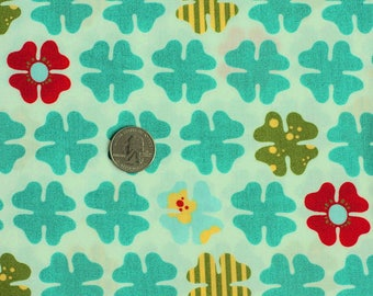 turquoise and white patchwork by MOMO por MODA fabric