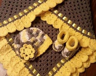 Baby Blanket Hat Bootie set
