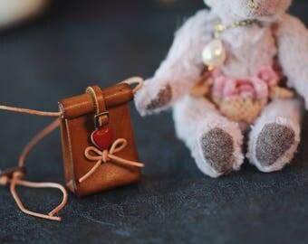 HEART Messenger Bags for blythe