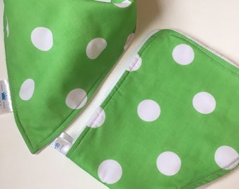 Bright green with polka dots dribble bib & burp cloth bundle, Polka dot bib, burp cloth, Baby boy gift, baby girl gift, Baby shower gift