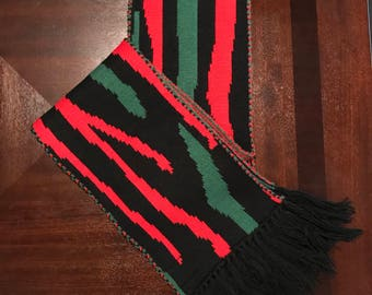 ATCQ A Tribe Called Quest Knitted Scarf in the infamous Low End Theory pattern