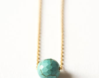 Necklace golden chain with gold end and Turquoise