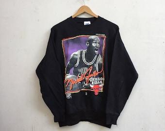 Vintage CHICAGO BULLS x Michael Jordan Rare Unisex Sweater Retro Hip Hop Sportswear Black Sweatshirt Size XL #342