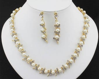 Bridal Ivory pearl and crystal necklace and earring set wedding jewelry set
