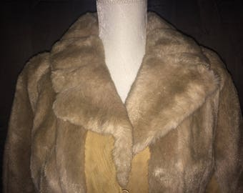 One World vtg faux fur leather mid calf women's winter coat