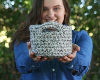 Crochet chunky mini basket / mini nesting bowl / rustic modern home decor / chunky basket with handles / best friend gift / the URBANA