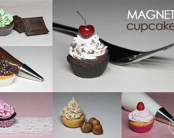 Set of 6 delicious magnets: Cupcakes