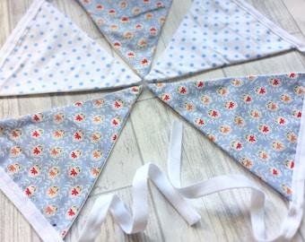 Blue floral polkadot bunting, cornflower blue bunting, blue floral bunting, garden bunting, floral bunting