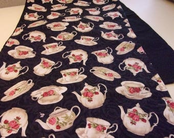 Tea Cup Table Runner