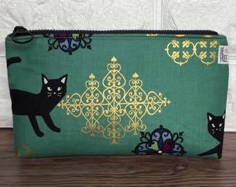 Cat Makeup Bag – Handmade Japanese Fabric Zipper Pouch, Cosmetics Bag, Cosmetic Case, Toiletry Bag, Toiletries Zippered Clutch, Travel Bag
