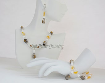 Yellow & Gray Glass Jewelry Set