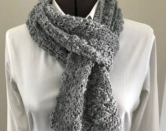 Gray cotton scarf with beads