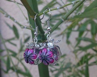 """Round earrings """"Floribules"""" flowering of clay polymer fushia and black glass..."""
