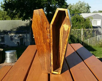 Rustic Pallet Wood Toe Pincher Coffin Box