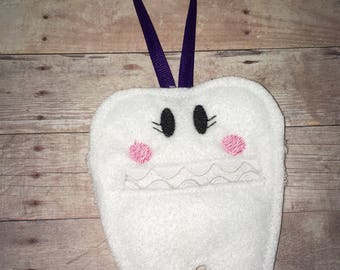Tooth fairy pouch / tooth holder / tooth pouch / tooth fairy / loose tooth