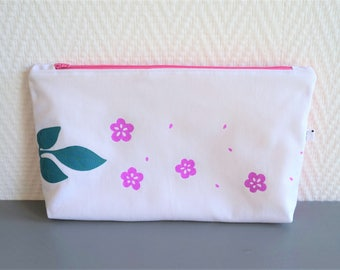 Decorated, lined and quilted Toiletry Kit