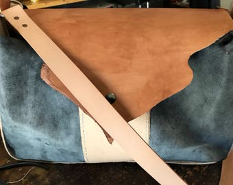 Handbag using different leathers
