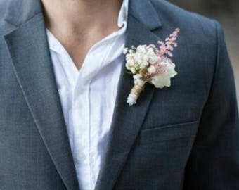 Wedding boutonniere with babys breath