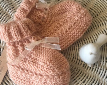 Girls Apricot/pink woollen knitted baby booties