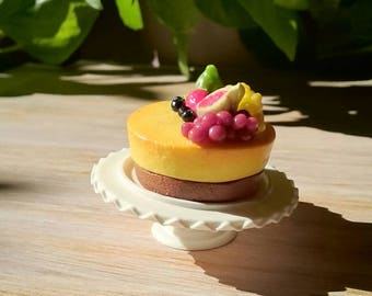 Polymer clay miniature cheeese cake for your Barbie's tea party, dioramas.With fruits on top.1/6scale dolls.Dollhouse food.