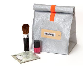 Lunchbag/Silver/Metallic/leatherette/culture bag/make-up pouch/Lunchbags/with lining
