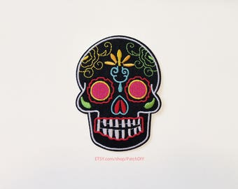1X Dia de Los Muertos Skull PATCH Muerte Skull  pink yellow black red blue green Iron on embroidered  applique Mexico