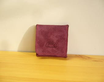 Small coin purse in the shape of box Maroon leather