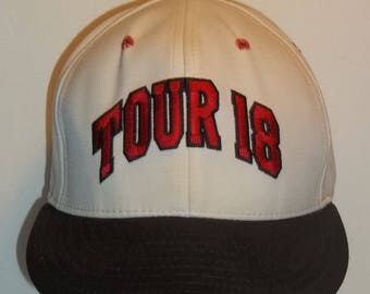 Golf Hat Baseball Cap Black And White Embroidered Tour 18 Leather Strapback Hats Made In USA Sports Hats Mens Ball Cap T34 MA7217