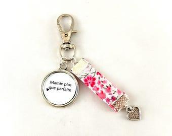 Bijou de sac ou Porte clef cadeau mamie plus que parfaite