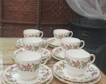 Stunning Wedgwood ivy house tea set for 6