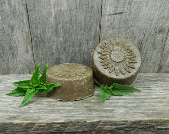 Solid Shampoo Ayurveda Promotes hair growth.