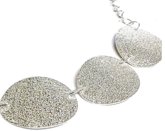 Frosted Finish Oval Necklace