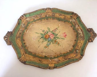 Authentic and beautiful Florentine tray hand painted. Vintage 1950's