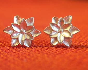 Earrings/ silver/ gift/  gorgeous  texture/ flower