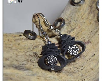 Bicycle Earrings / Bicycle Inner Tube Earrings / Recycled Jewelry / Eco Friendly Upcycled Earrings / Gift for Cyclists / Metal Beads Earring