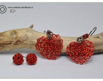 Crocheted Wire Earrings / Red Wire Earrings / Dangle Earrings / Heart Earrings / Mini Stud Earrings / Lightweight Earrings / Small Earrings